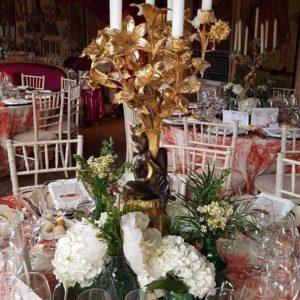 mantel indonesia coral y sillas tiffany